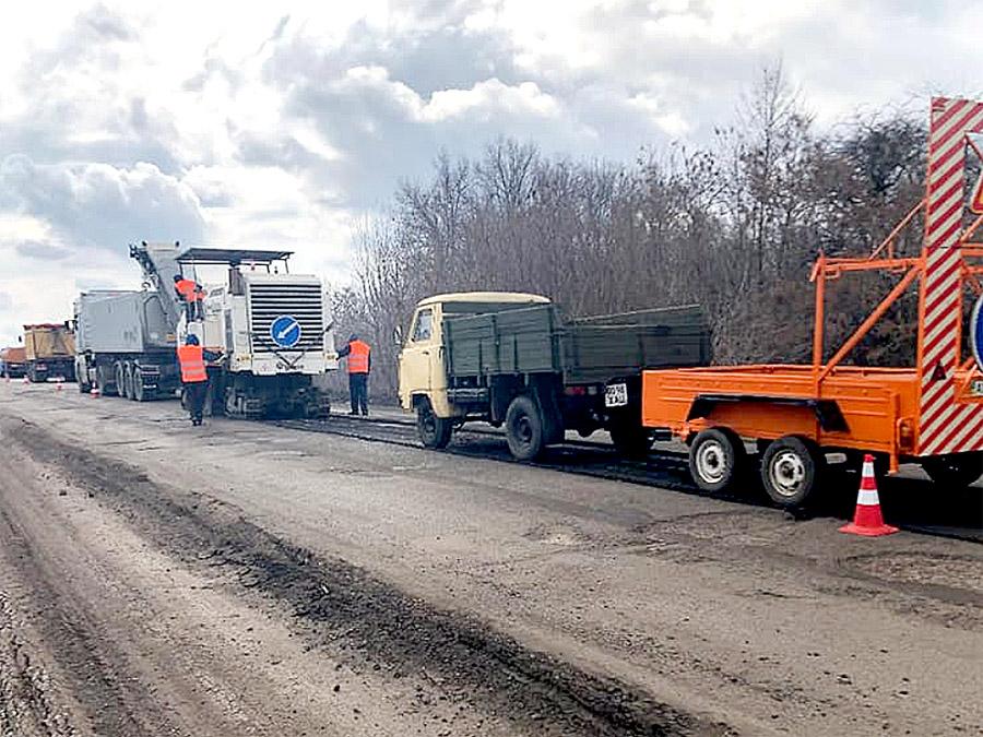 Лозівщина в лідерах по будівництву доріг Харківщини