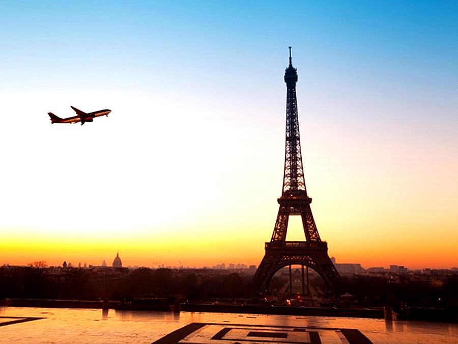 Харків'янам знову відкриють авіашлях до Парижу