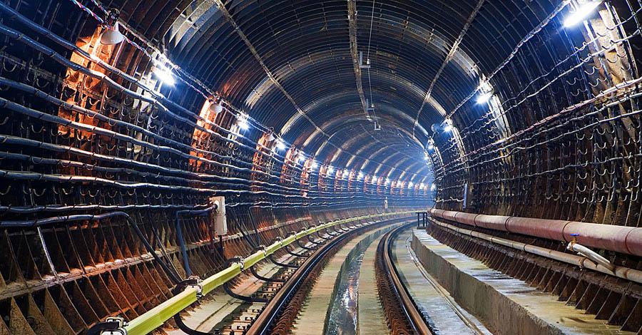 """Станції метро """"Одеська"""" і """"Державінська """" — вже через два роки"""