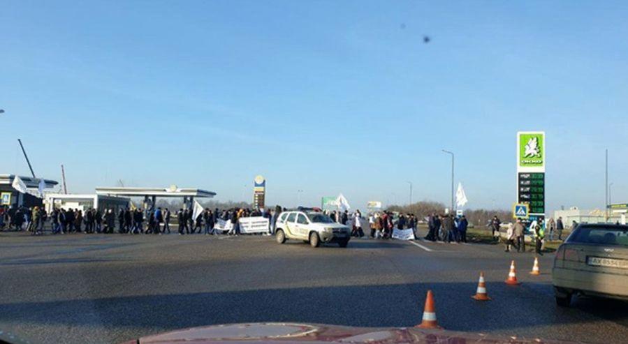 Второй день продолжалось перекрытие автострад протестующими