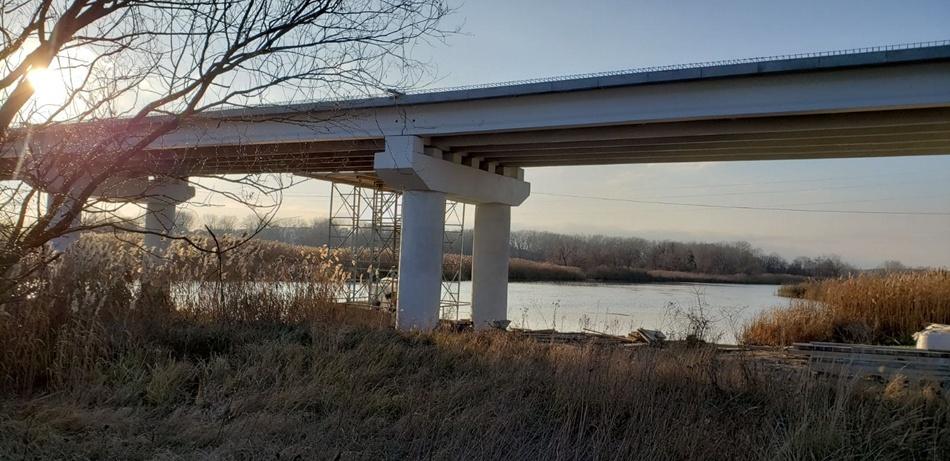 Открыто движение по мосту через Северский Донец