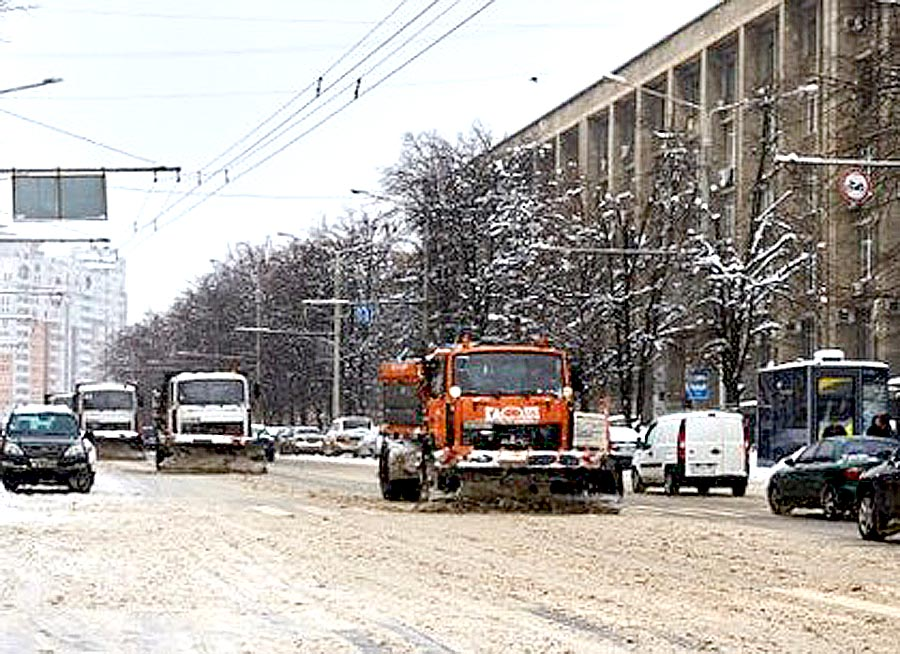 Первый снег. Харьков справился