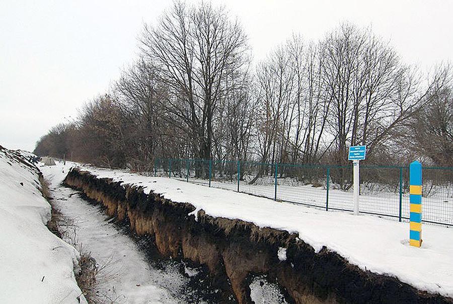 Двоє озброєних росіян перетнули кордон біля Золочева