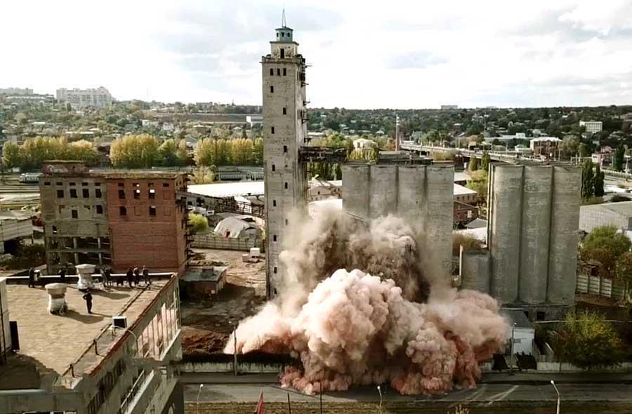 В Харькове продолжат взрывать здания элеватора