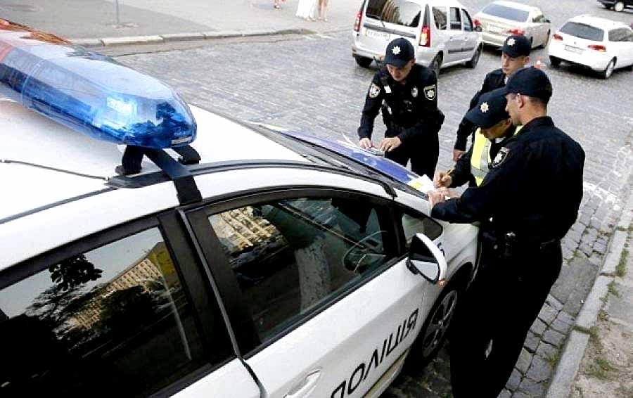 Полиция уже штрафует евробляхи