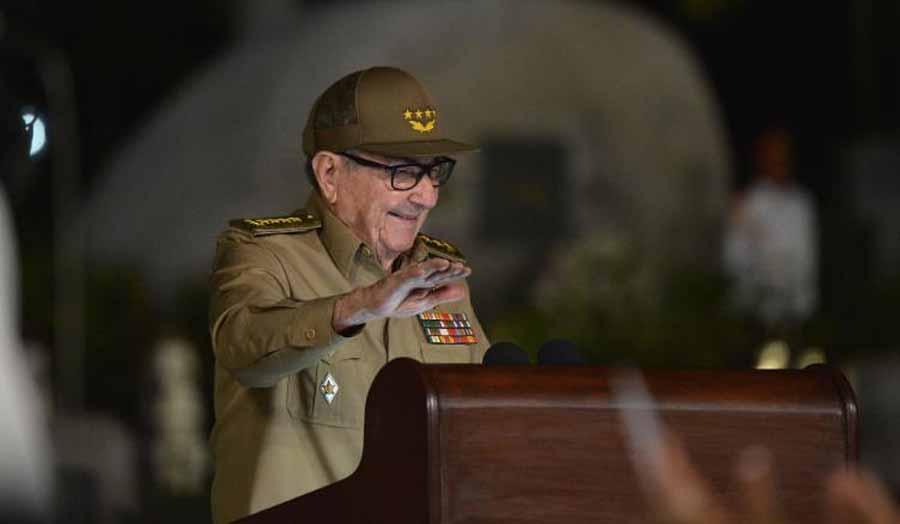 Рауль Кастро уходит в отставку