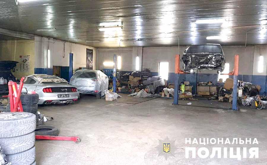 В Харькове задержана группа угонщиков автомобилей: видео