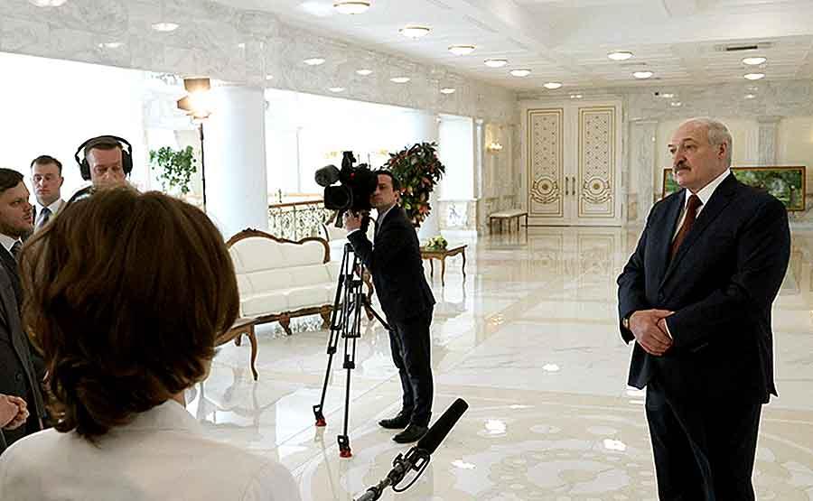 Лукашенко сообщил о создании белорусской вакцины