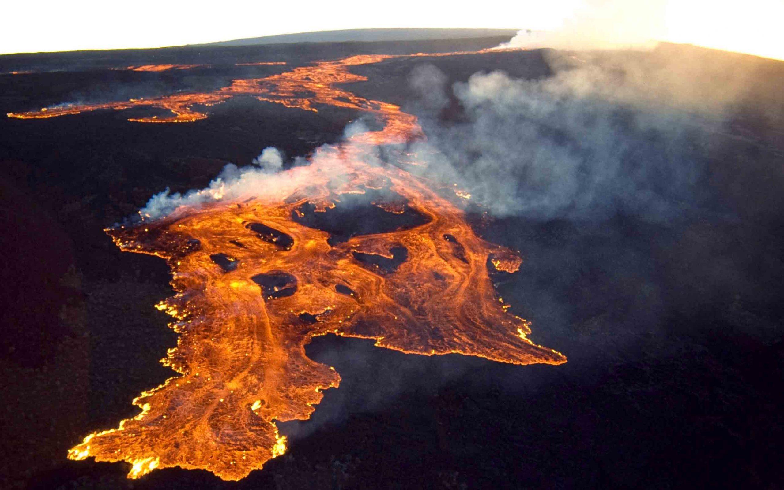 Гаваи: Просыпается вулкан Мауна-Лоа