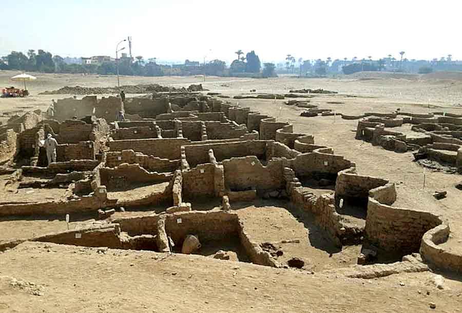 Археологи нашли город Тутанхамона