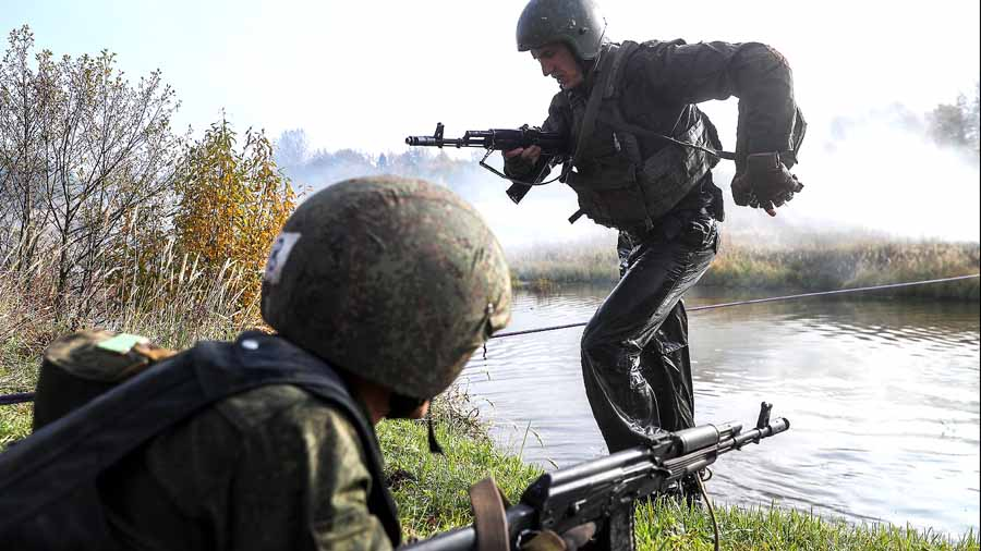 Спецназ России тренируют староверы
