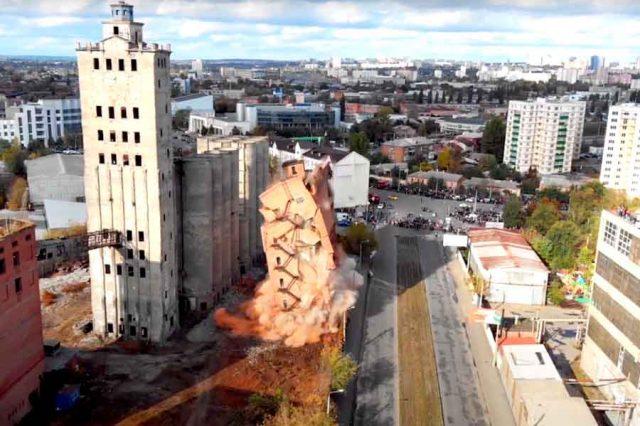 В Харькове снова взорвут элеватор