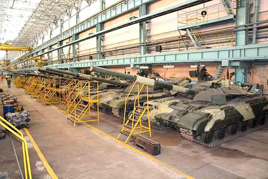 У завода имени Малышева есть контракт на ремонт танков