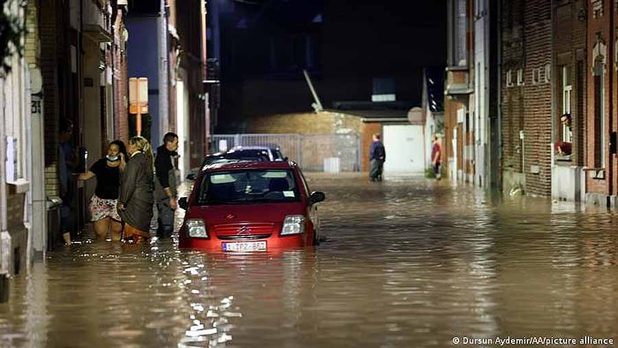 В Бельгии наводнение из-за сильного дождя: видео