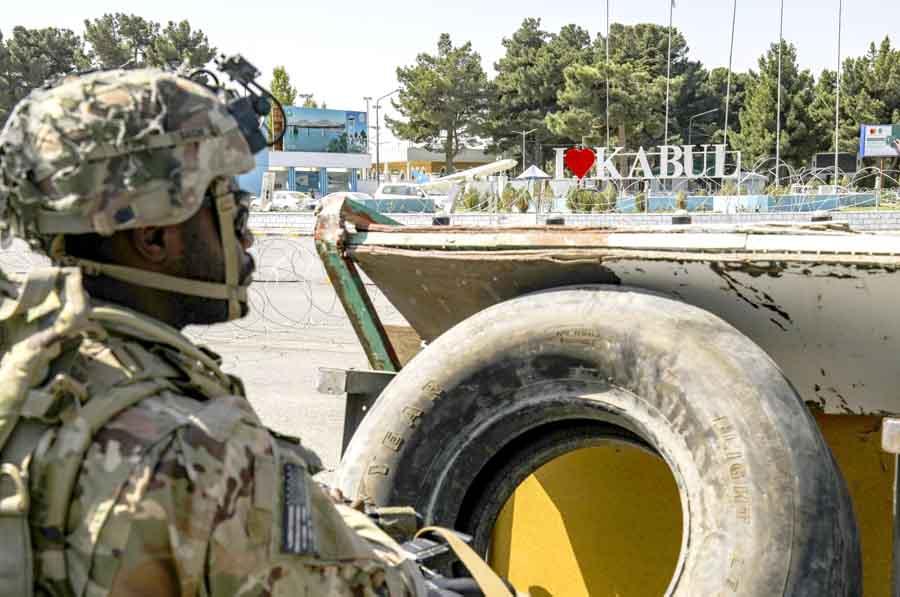 В Афганистане погибли еще 12 американских военных