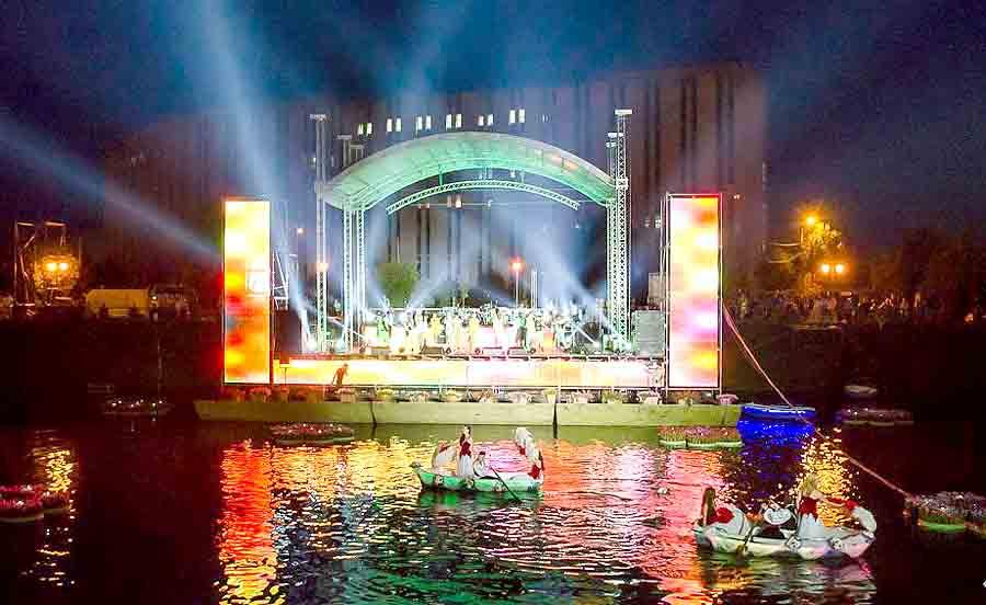 В Харькове начались праздничные мероприятия