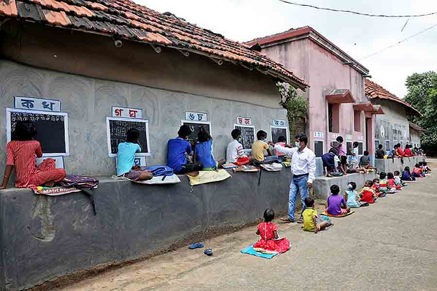 «Учитель улицы» есть в индийской деревне