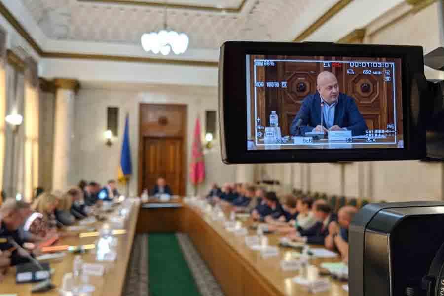 Харьковские вузы могут уйти на дистанционное обучение