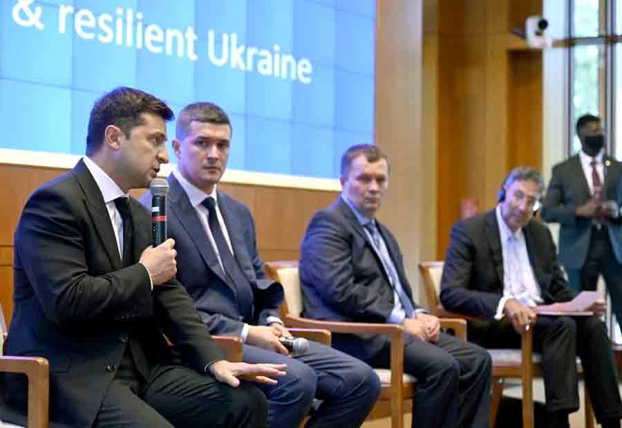 Зеленский презентовал будущее Украины