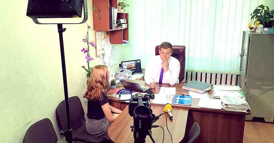 Директор школы судится с Кабмином из-за вакцинации